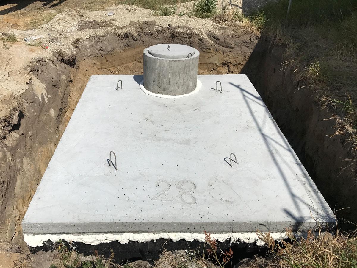 Osadená jednokomorová betónová žumpa