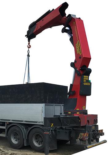 Hydraulická ruka pre nakladanie betónových žump